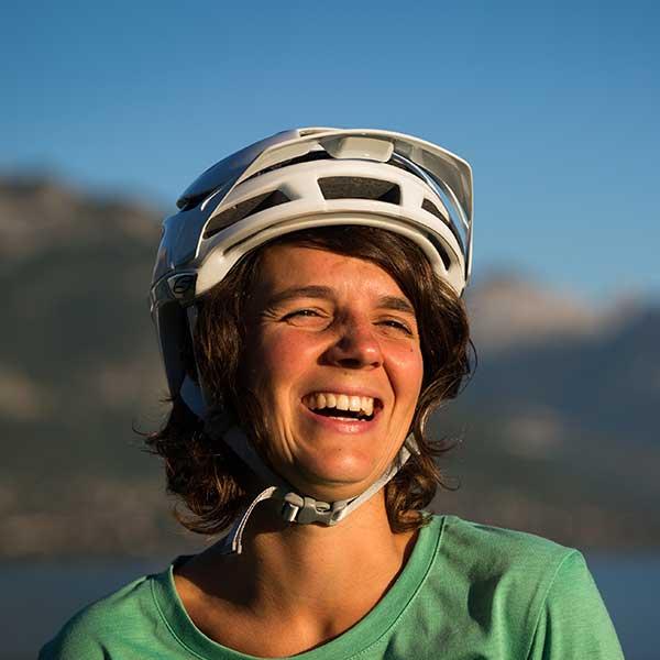 aubree-equipe-bikettes-annecy-bike-girl-team-velo-vtt-equipe-fille