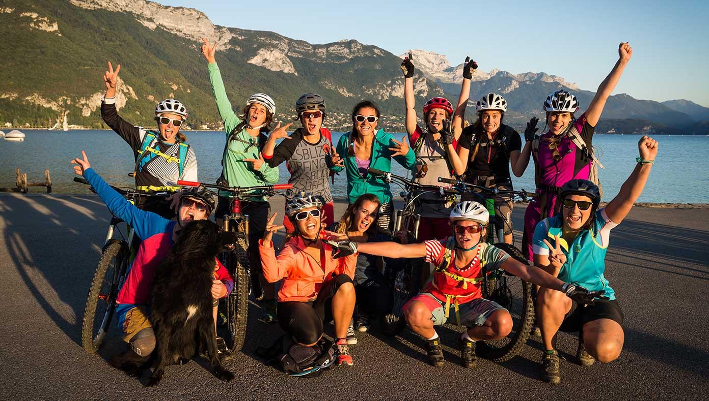 img-1-groupe-bikettes-annecy-bike-girl-team-velo-vtt-equipe-fille