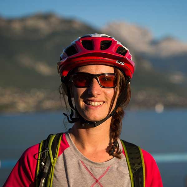 audrey-equipe-bikettes-annecy-bike-girl-team-velo-vtt-equipe-fille
