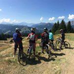 img-1-morzine-bikettes-team-club-vtt-velo-girl-fille-tous-niveaux